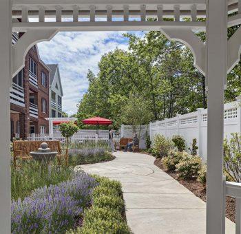 The Burnham Family Memory Care Residence_07